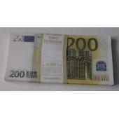 Пачка банка приколов 200 евро